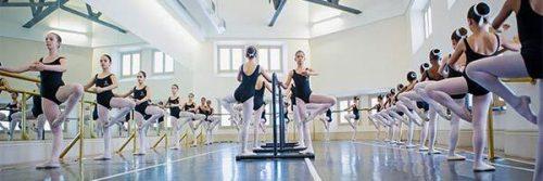 Escola de Dança Maria Olenewa